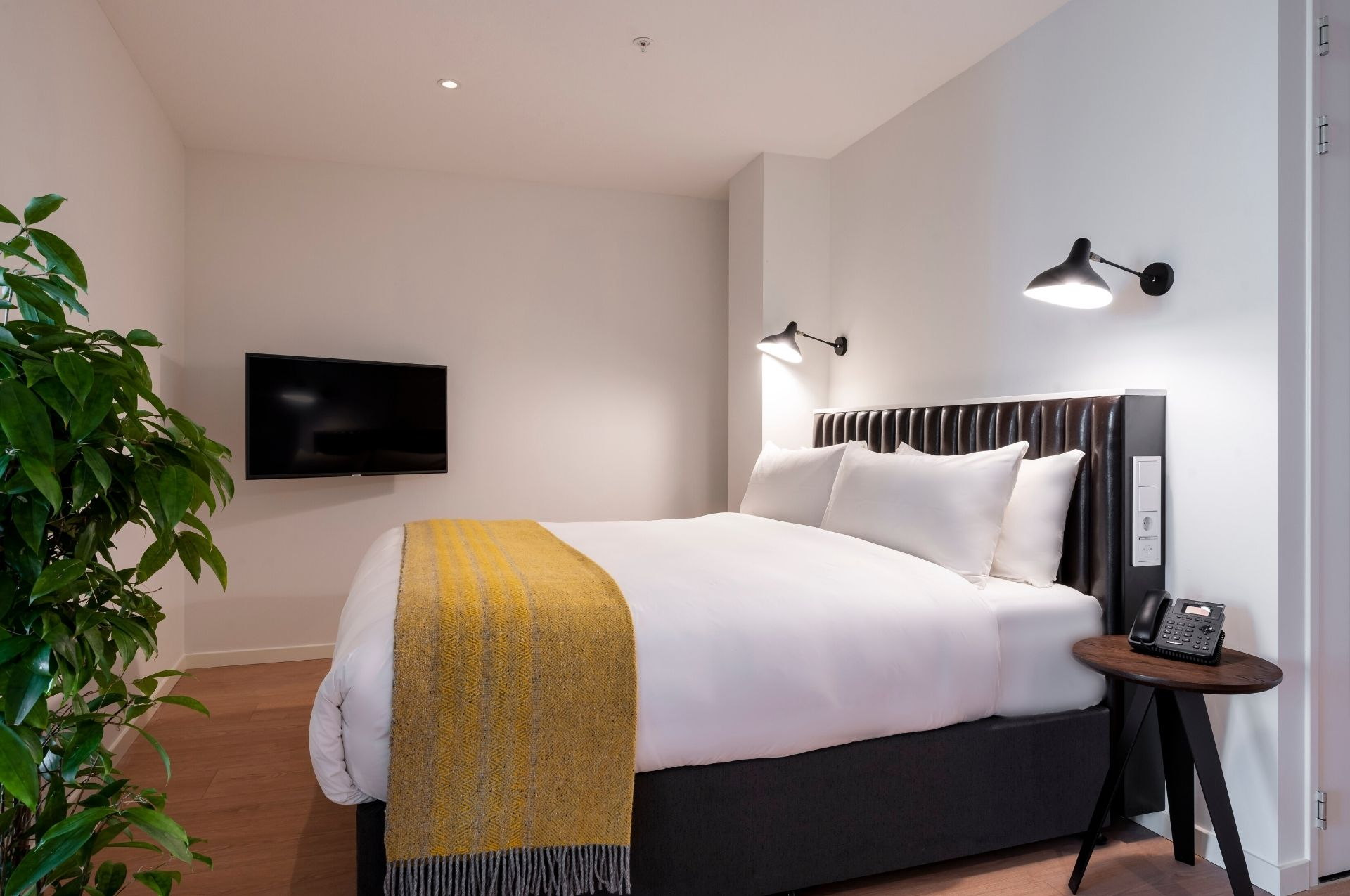 PREMIER SUITES PLUS Amsterdam Xl Loft Bed